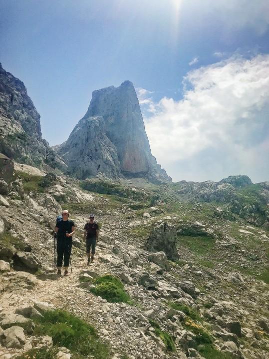 Naranjo De Bulnes, such a cool peak